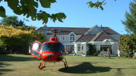 helicoptor-landing-kefalonia-luxury-retreat-kapiti-coast